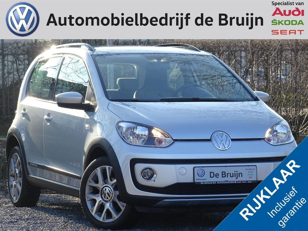 Volkswagen Up! Cross 75pk (navi,airco,lm,stoelverwarming)