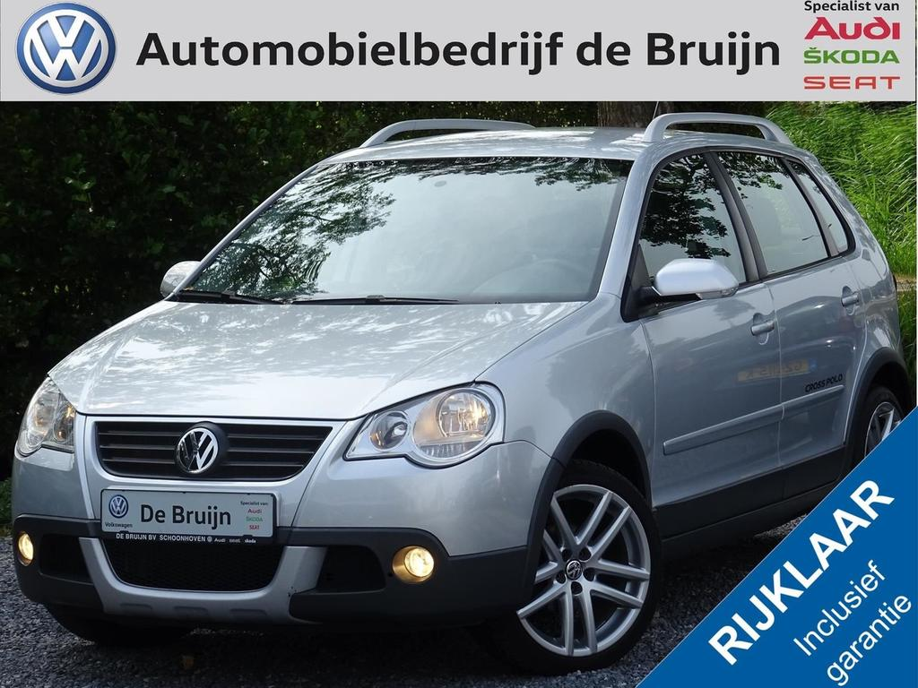 Volkswagen Polo 1.4-16v cross (airco,lm,radio/cd)