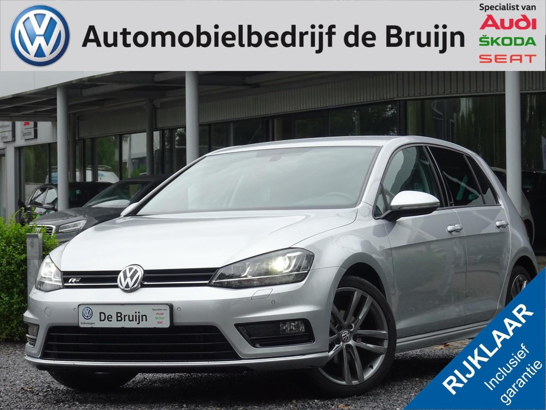 Volkswagen Golf 1.2 tsi 110 pk r-line (led,clima,lm,pdc)