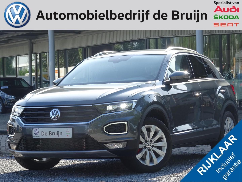 Volkswagen T-roc Sport 1,5 tsi 150pk dsg (navi,trekhaak,led,pdc,clima)