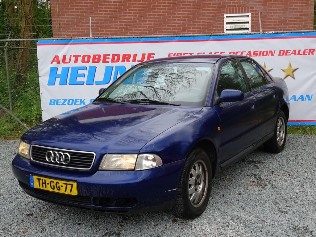 Audi A4 2.4 v6 165pk pro-line sport ecc/lmv