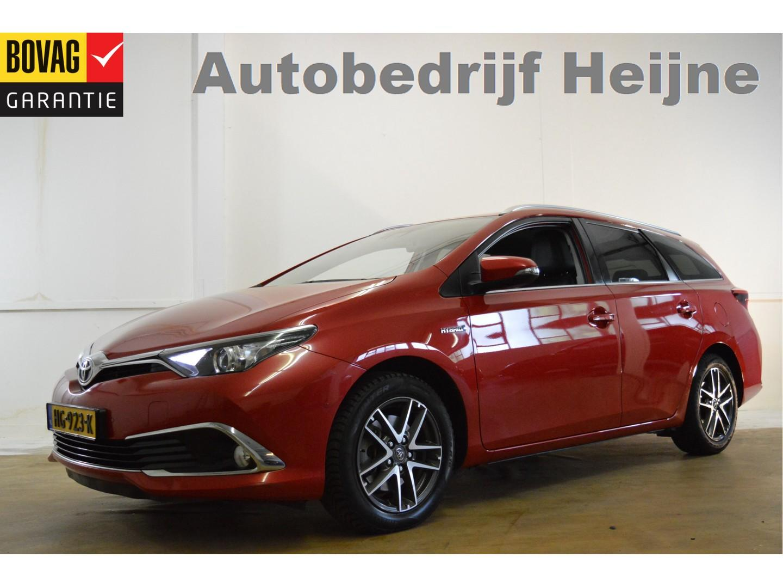 Toyota Auris Touring sports 1.8 hybrid executive navi/ecc/park-assist/pdc