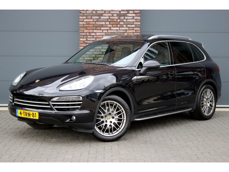Porsche Cayenne 3.0 d platinum edition aut8, airmatic,memory, camera, bose,leder,schuifdak,comfortstoelen,navigatie,privacy glas,trekhaak etc.