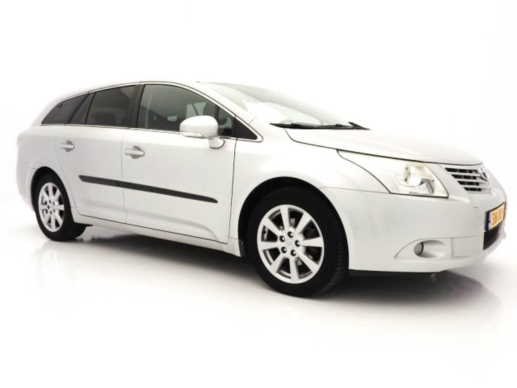Toyota Avensis Wagon 2.0 d-4d executive business *navi+pdc+ecc+cruise*