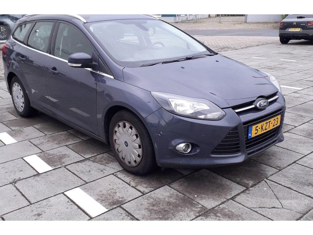 Ford Focus Wagon 1.6 tdci econetic lease titanium *navi+pdc+ecc+cruise*