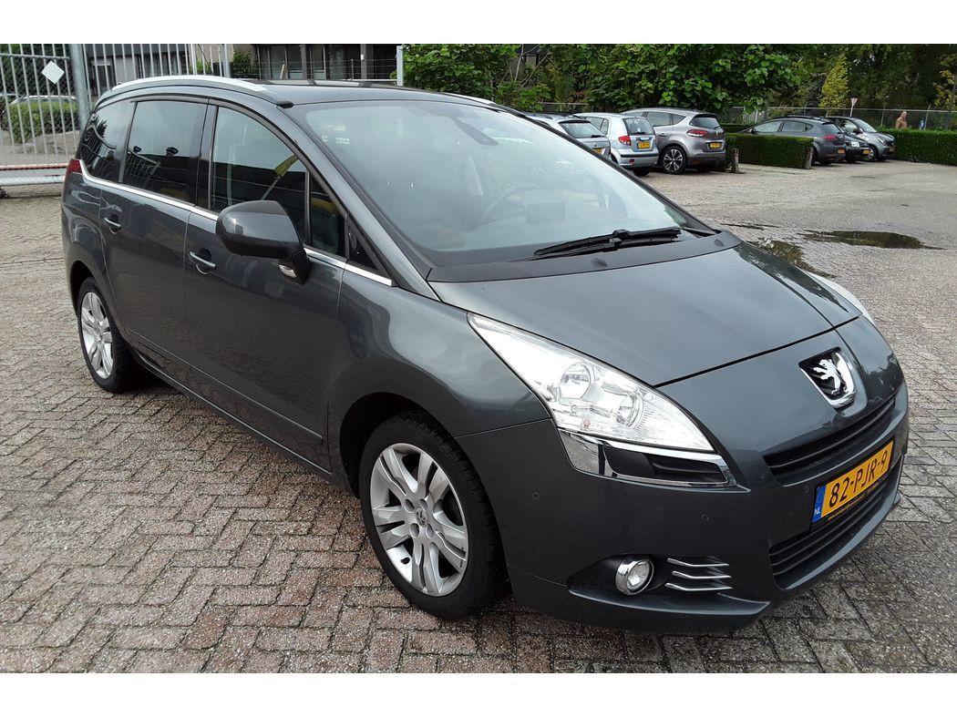 Peugeot 5008 1.6 thp blue lease executive 7p. *leder+pano+navi+pdc+ecc+cruise*