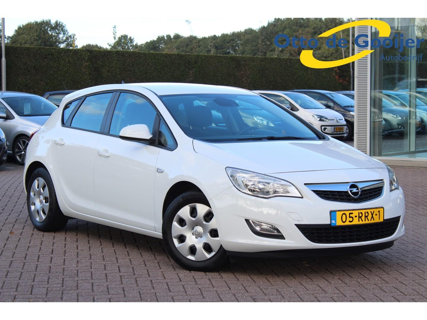 Opel Astra 1.3 cdti s/s edition 5drs / navigatie / pdc / airco / 148.852 km!