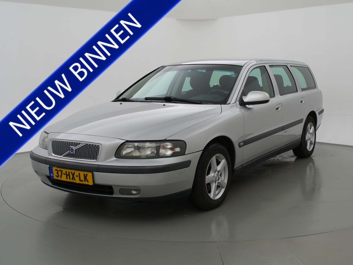 Volvo V70 2.4 d5 163 pk + climate / cruise control