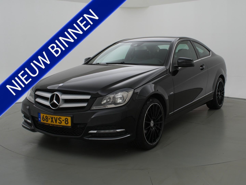 Mercedes-benz C-klasse + navigatie / stoelverwarming / 18 inch lmv / sportstoelen