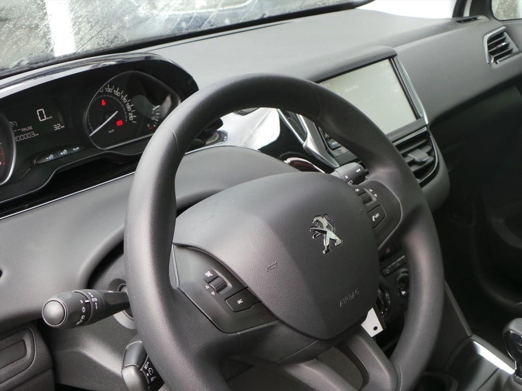 Peugeot 208 1.2 VTi 82pk Blue Lion NAVi / AIRCO / PDC