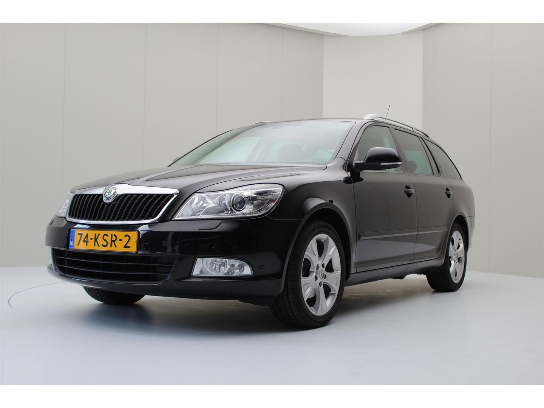 Škoda Octavia Combi 1.4 tsi 122pk dsg elegance bns [ leder+xenon+navi ]