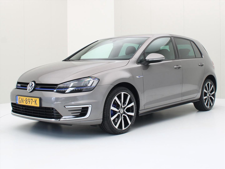 Volkswagen Golf 1.4 tsi phev 204pk dsg gte executive plus [ trekhaak+navi+pdc+led ]