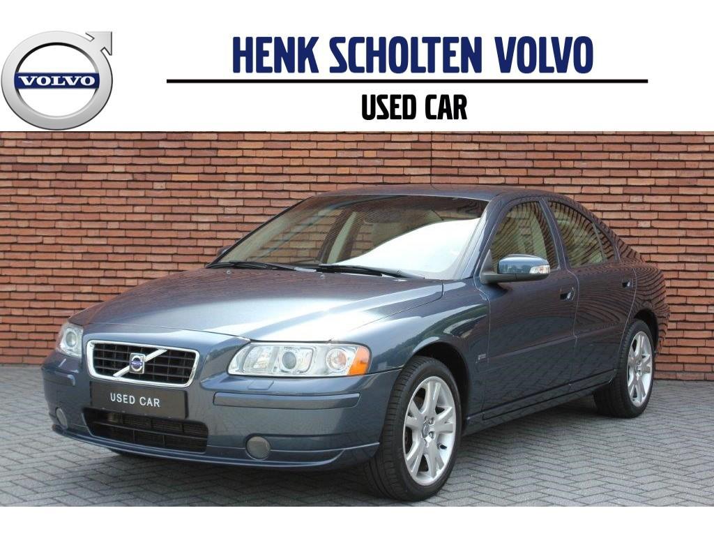 Volvo S60 2.4 140pk aut drivers edition ii