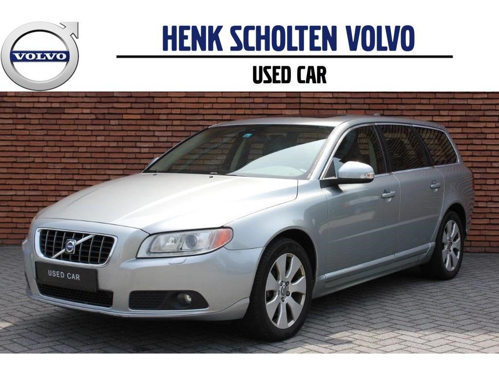 Volvo V70 2.4 d5 summum dealer onderhouden