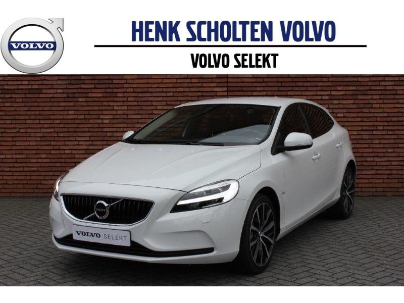 Volvo V40 T2 automaat nordic+ 18