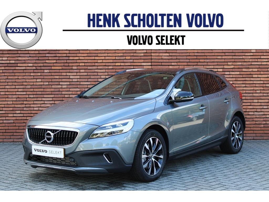 Volvo V40 cross country T3 152pk geartronic dynamic edition luxury