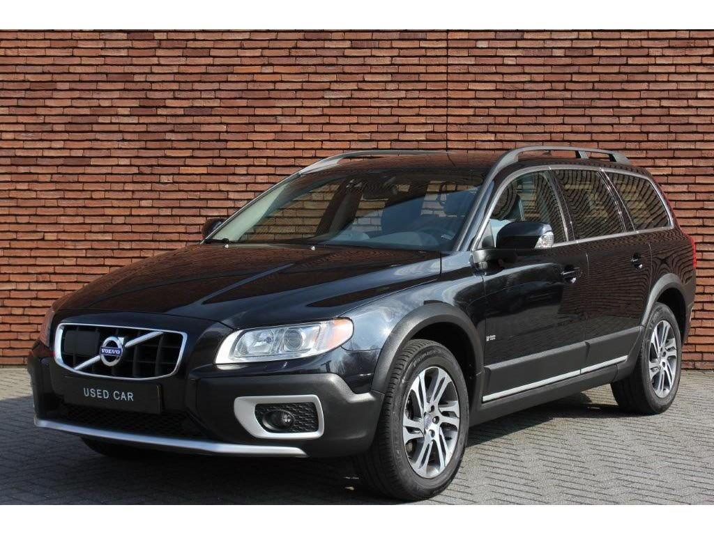 Volvo Xc70 D3 limited edition geartr. intellisafe pro
