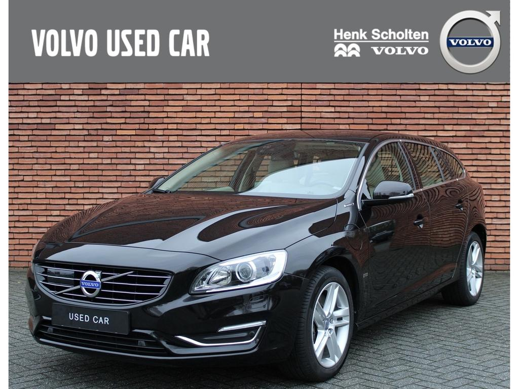 Volvo V60 D6 phev summum geartronic awd acc/xenon