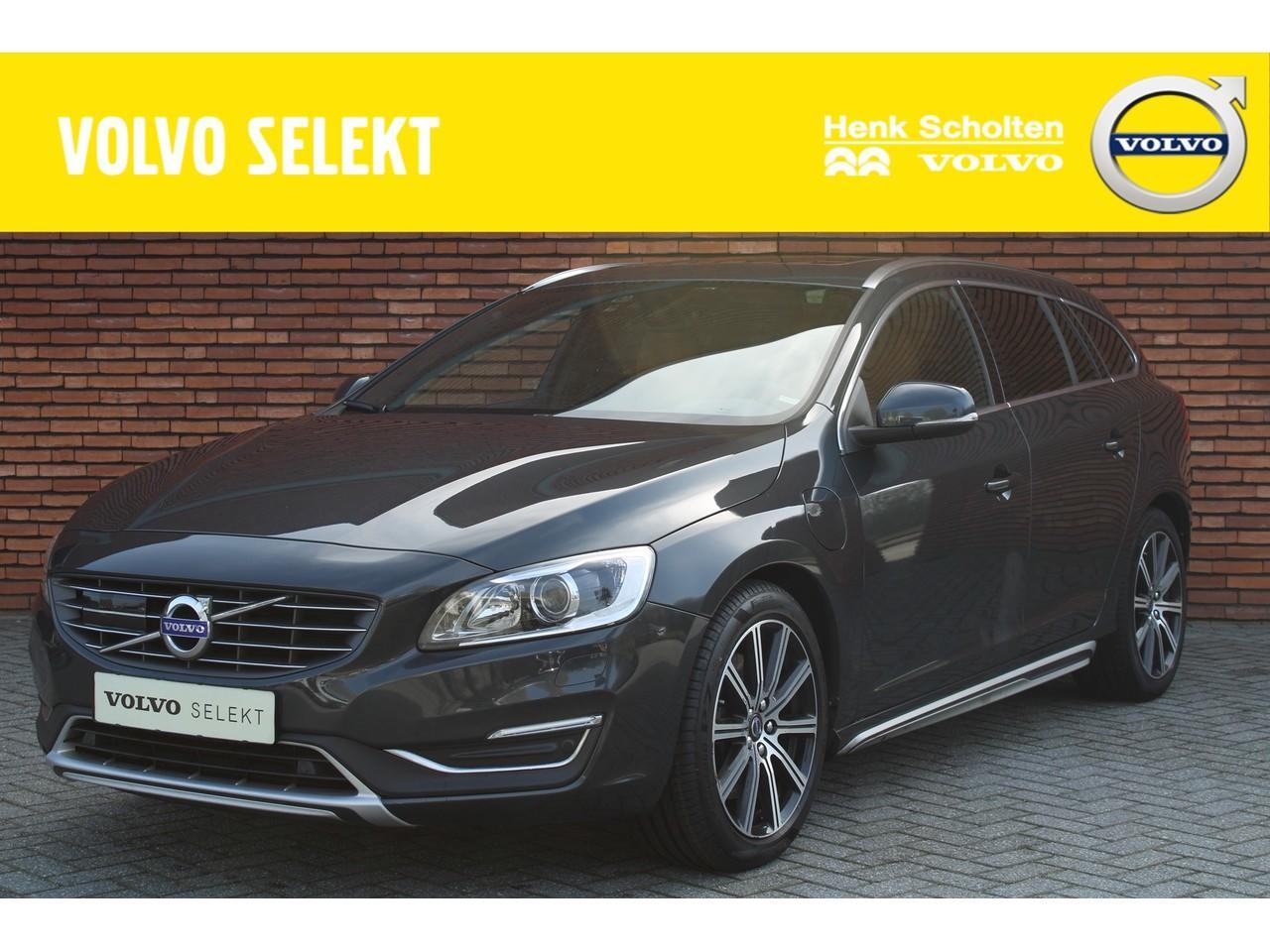 Volvo V60 D6 awd 7% bijtelling summum