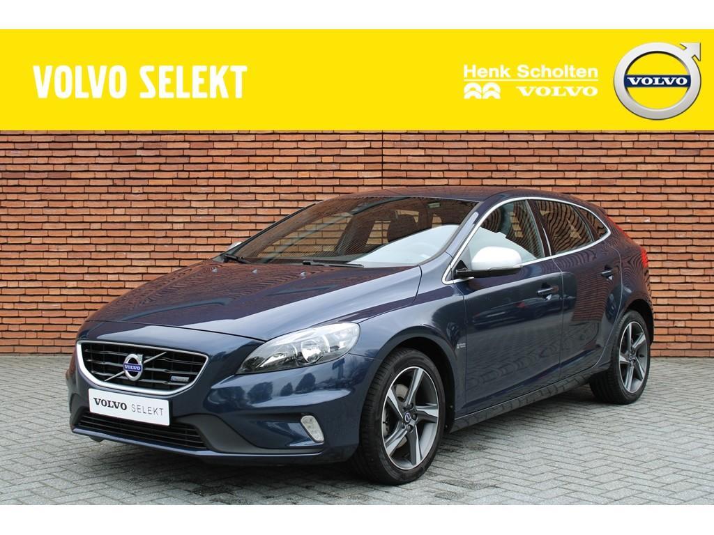 Volvo V40 T2 r-design nieuw geleverd en onderhouden