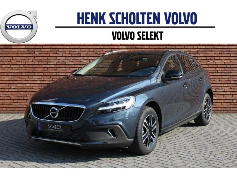 Volvo V40 T3 cross country nordic+