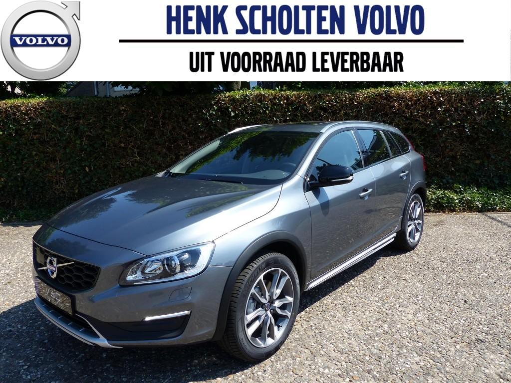 """Volvo V60 Cross country d3 150pk polar+, schuif/kanteldak, dab+, 18"""""""