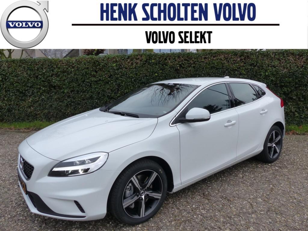 "Volvo V40 2.0 d3 business sport navigatie led bluetooth 17"""