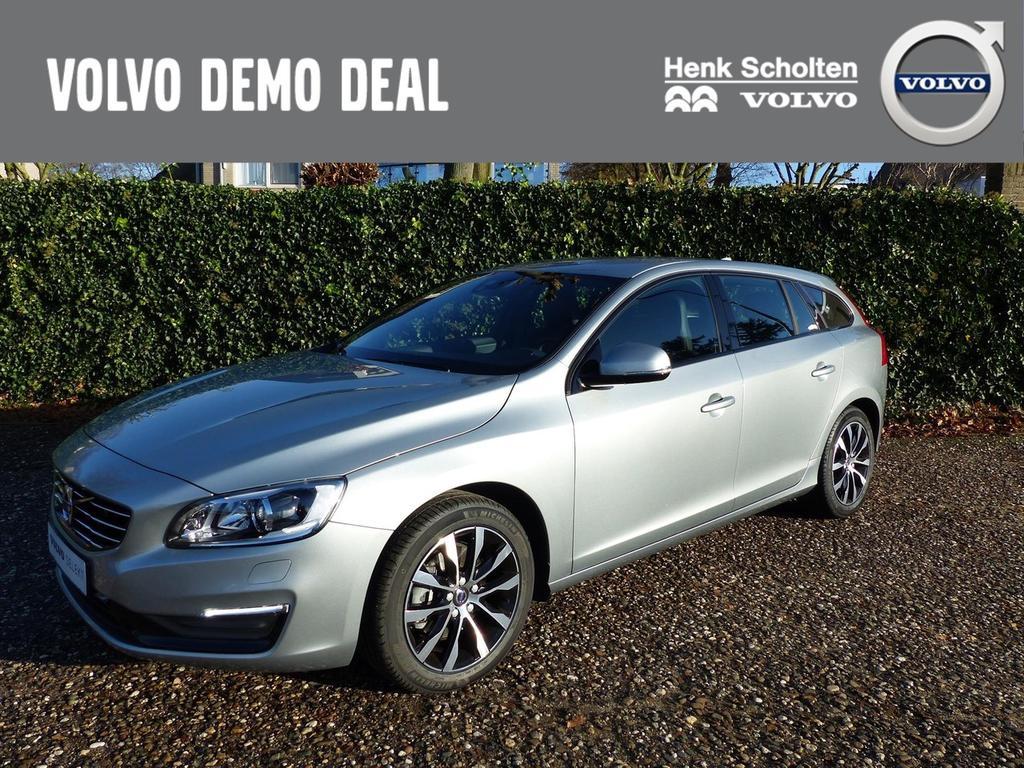 Volvo V60 D2 polar+ dynamic, leder, navi, xenon, parkeersensoren