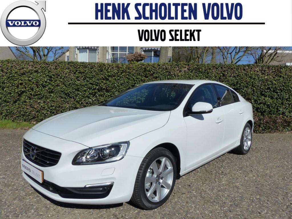 Volvo S60 T3 152pk polar+ dynamic navigatie bluetooth