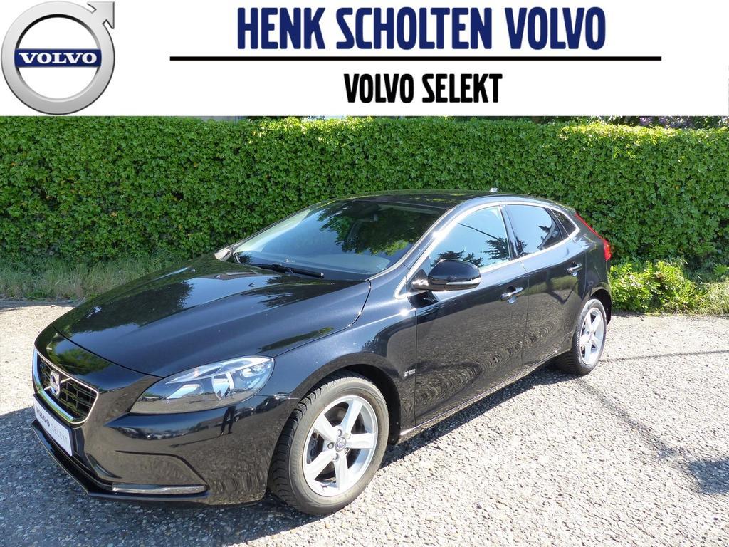 Volvo V40 1.6 d2 115pk automaat momentum