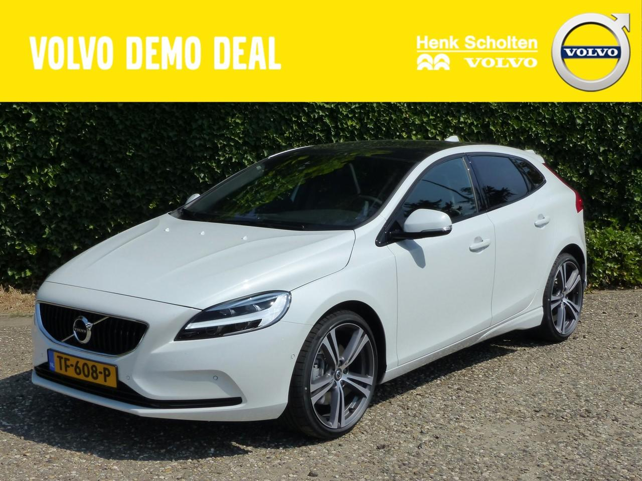 """Volvo V40 T3 gt dyn. edition, 19"""" artio, exterior styling pack, parelmoer"""