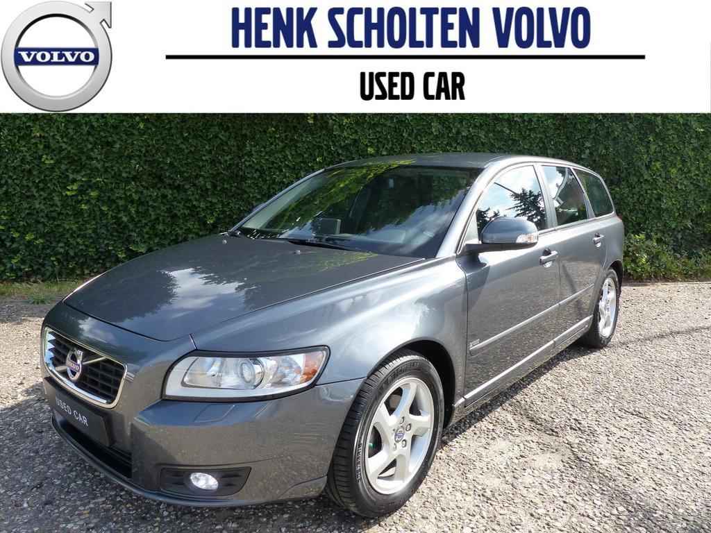 Volvo V50 D2 limited edition, leder, trekhaak, navi, pdc