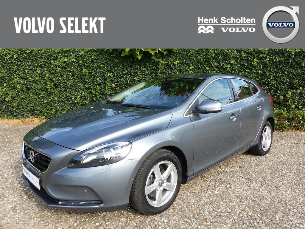 Volvo V40 2.0 d2 momentum business, harman kardon, leder