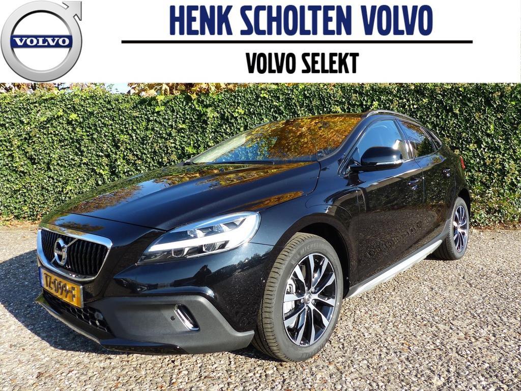 Volvo V40 cross country T3 152pk dynamic ed. luxury line volvo on call parkeerverwarming