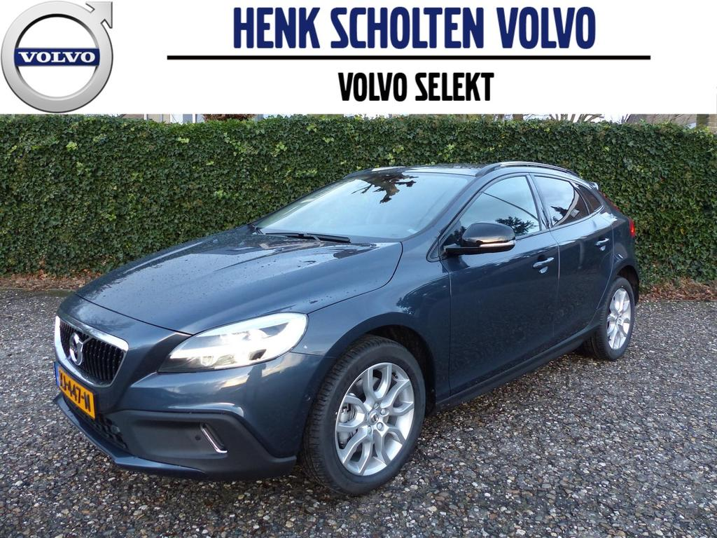 Volvo V40 cross country Polar+ luxury, harman kardon, leder, panoramisch dak