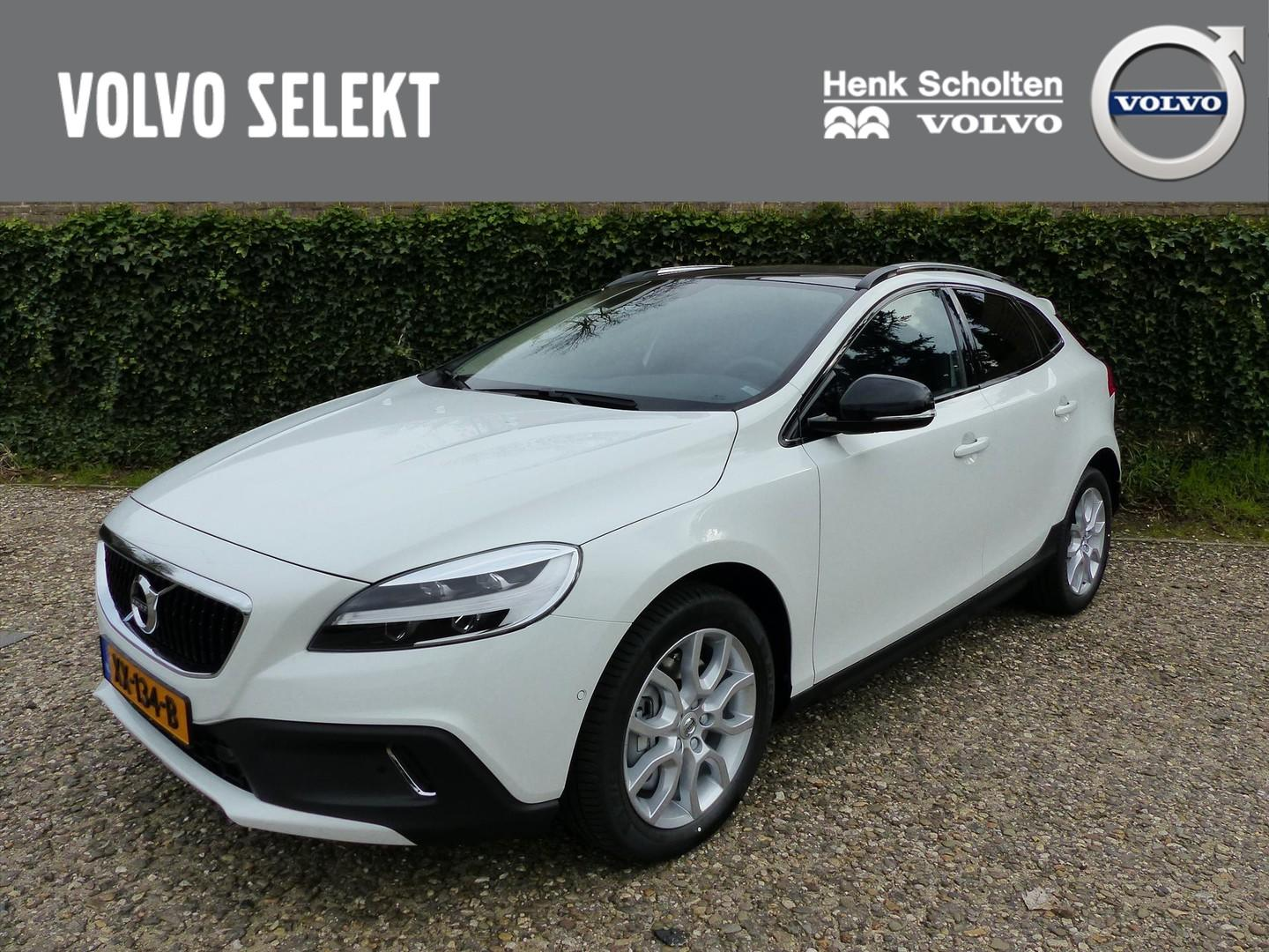 Volvo V40 cross country 1.5 t3 152pk geartronic polar+ luxury