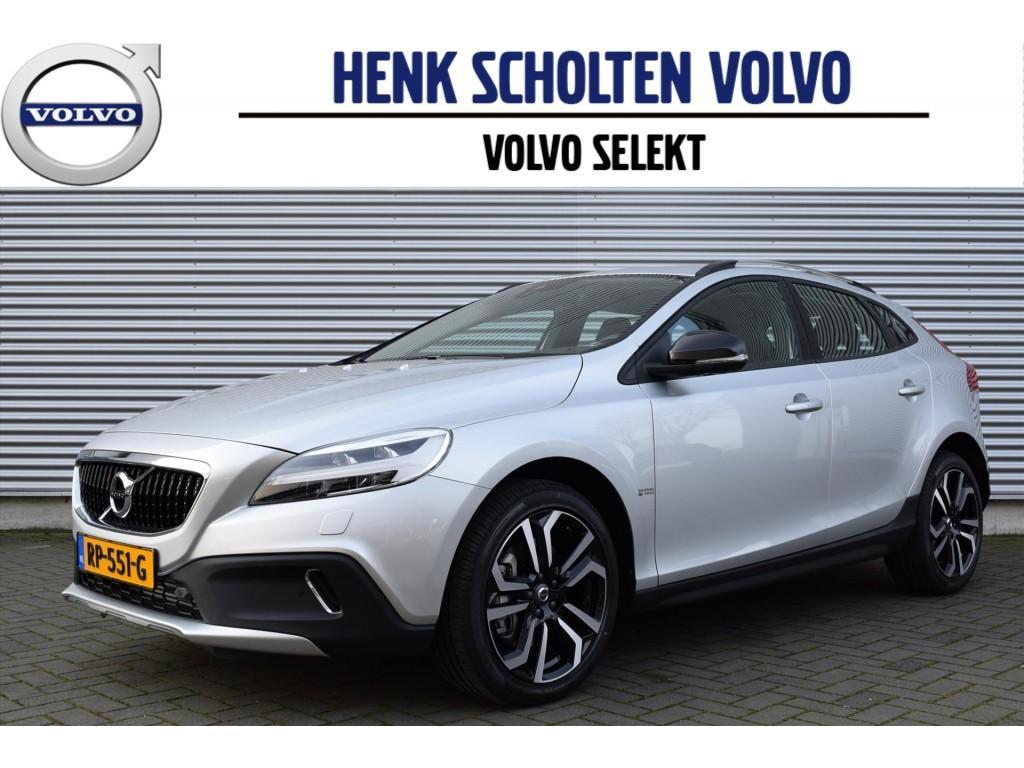 Volvo V40 cross country D2 120pk aut(6) nordic+ standkachel 18-inch