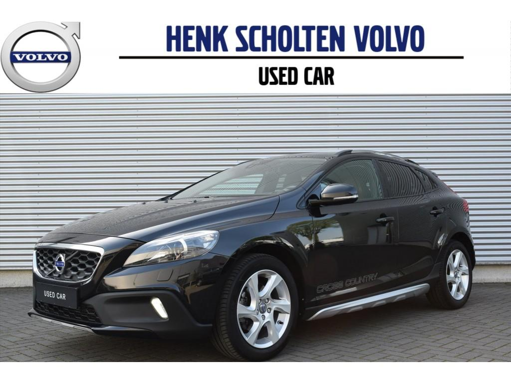 Volvo V40 cross country D2 summum leder navi xenon