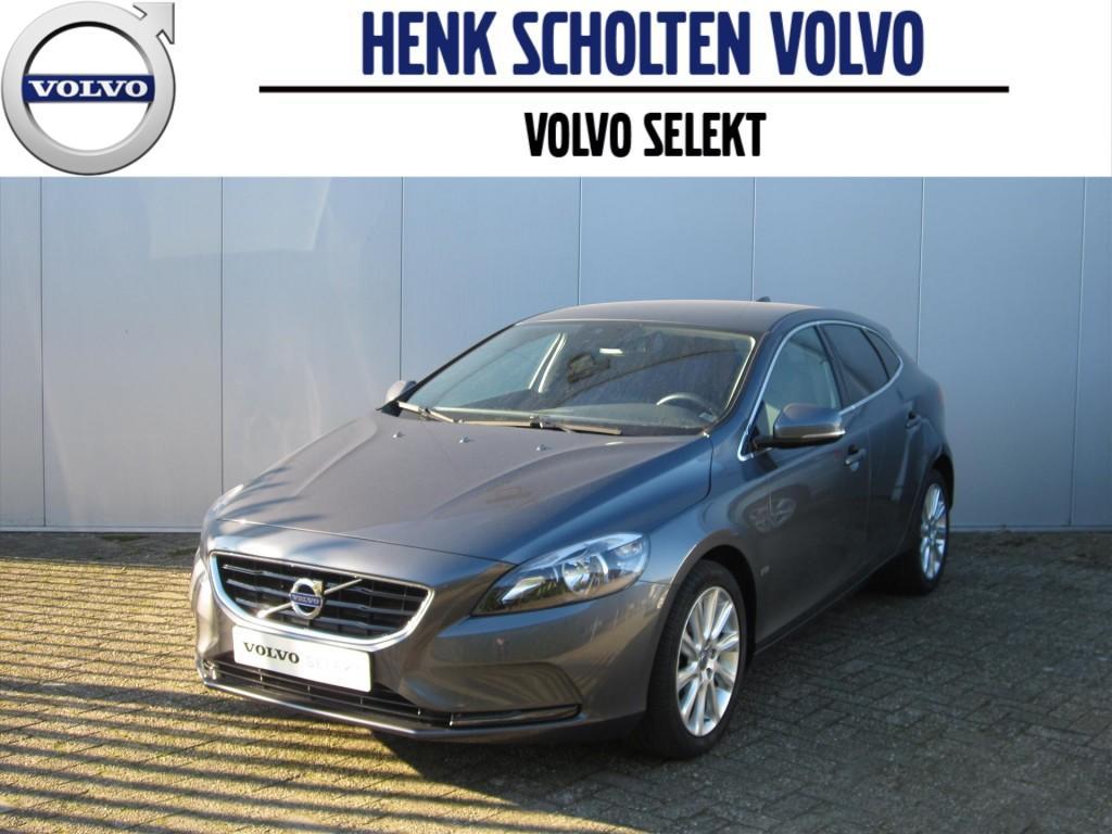Volvo V40 D2 summum business pack navi/tel/radio/cd