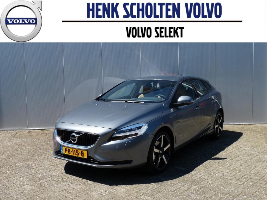 """Volvo V40 2.0 t2 122pk nordic+ /dubbele uitlaat/18""""lmv"""