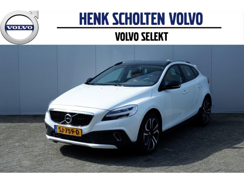 Volvo V40 cross country T3 152pk aut6 nordic+ luxury