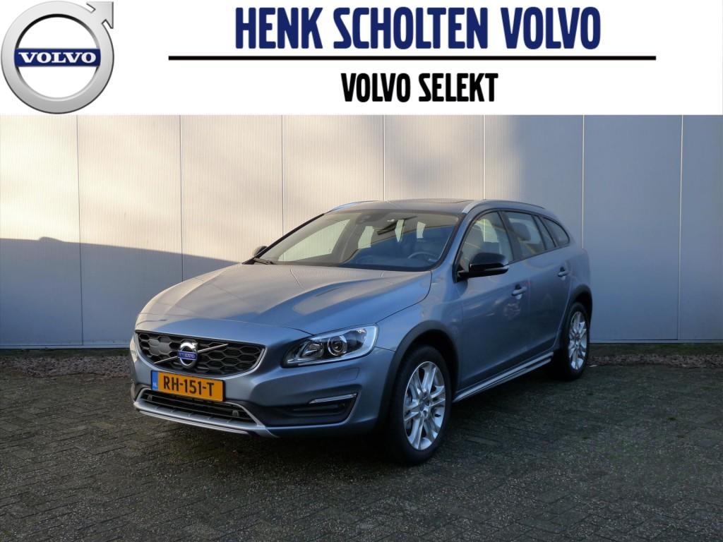 Volvo V60 cross country Cross country d3 150pk aut8 polar+ luxury