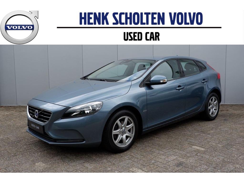 Volvo V40 D2 kinetic/ navigatie/ parkeer camera