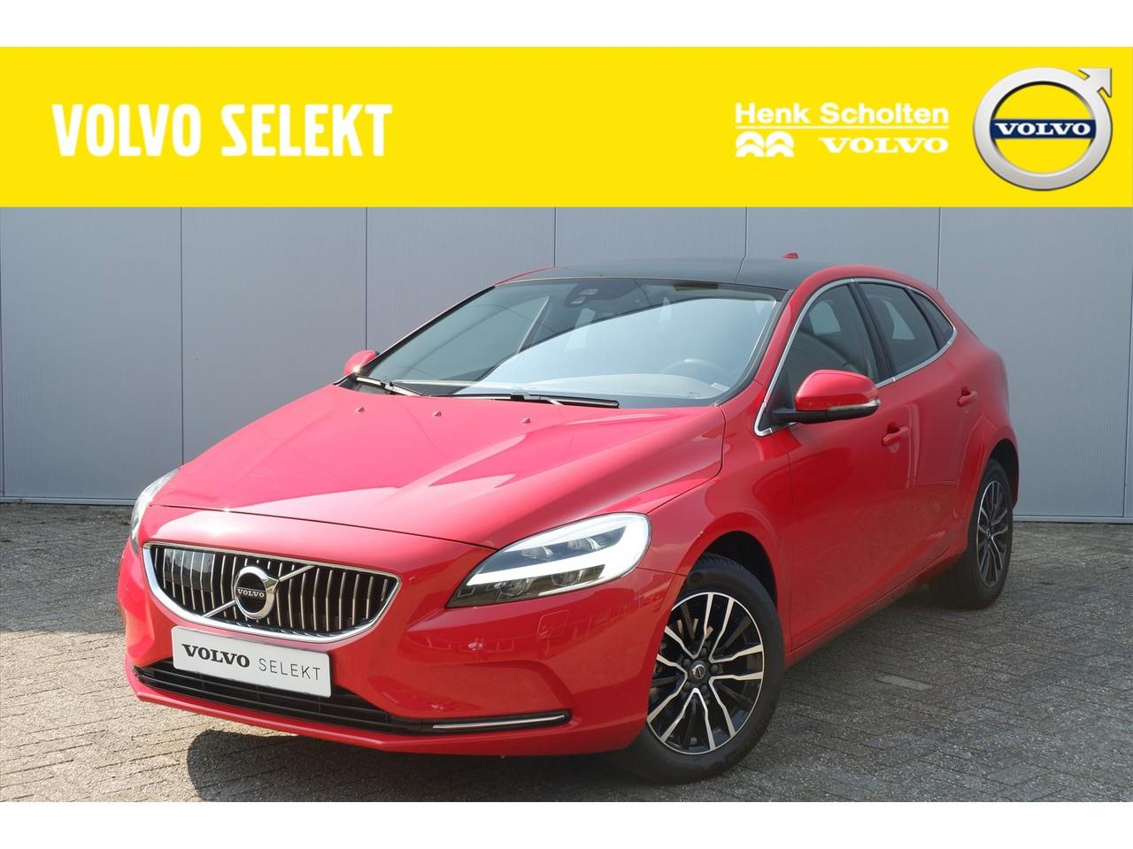Volvo V40 D2 120pk nordic+ luxury/ leer/ camera