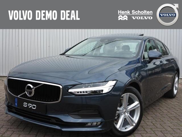 Volvo S90 D4 momentum business, visual park assist
