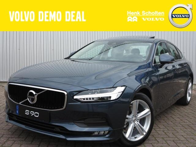 Volvo S90 D4 momentum business, visual park assist