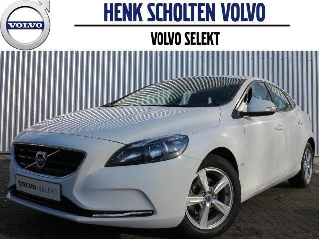 Volvo V40 D2 navi bluetooth telefoon parkeersensoren achter