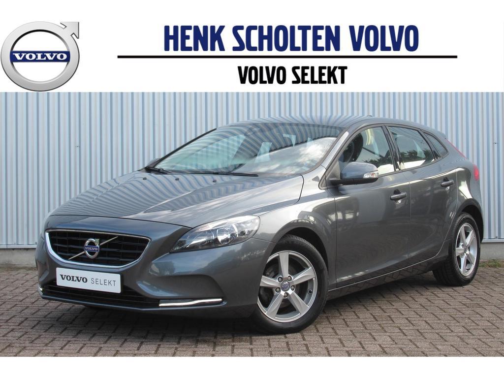 Volvo V40 D2 115pk kinetic navi bluetooth