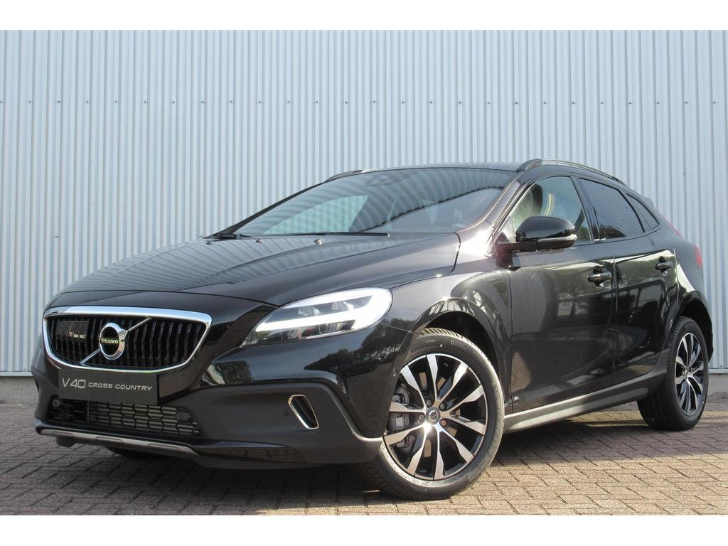 Volvo V40 cross country 1.5 t3 152pk geartronic dynamic edition
