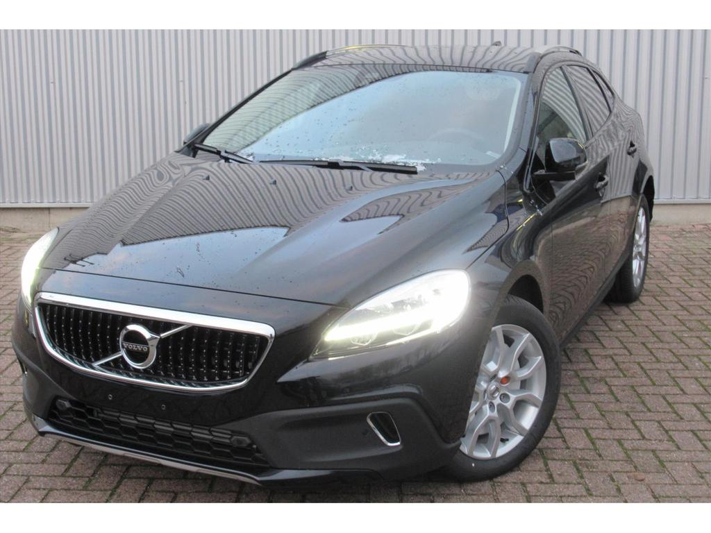 Volvo V40 cross country 1.5 t3 aut polar+, dab+, parkassist